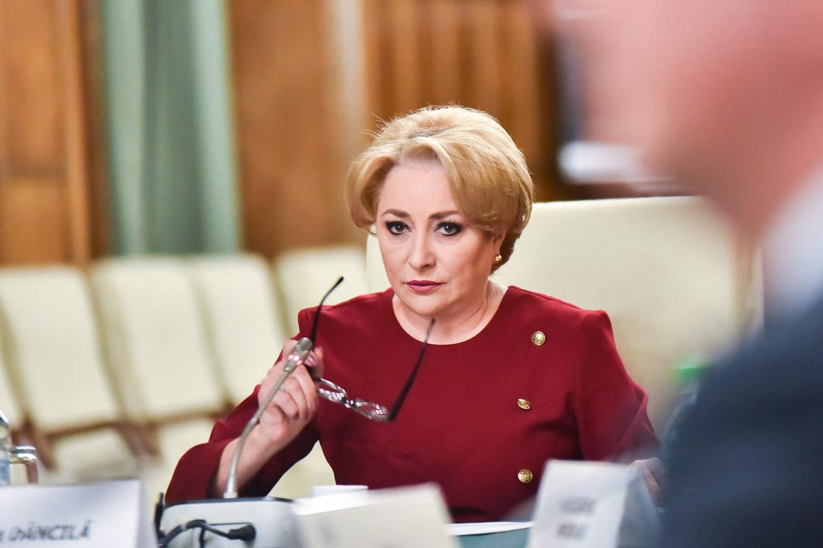 Viorica Dăncilă, guvernul nu cade, chiar dacă nu primește votul de încredere