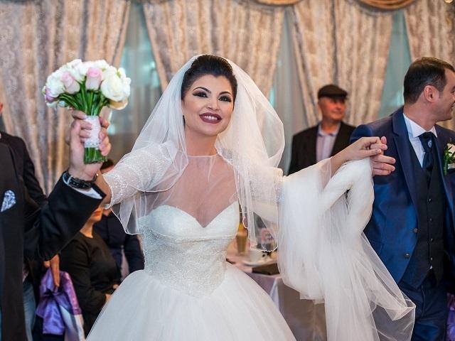Claudia Ghitulescu divorteaza. sursa foto: viva.ro