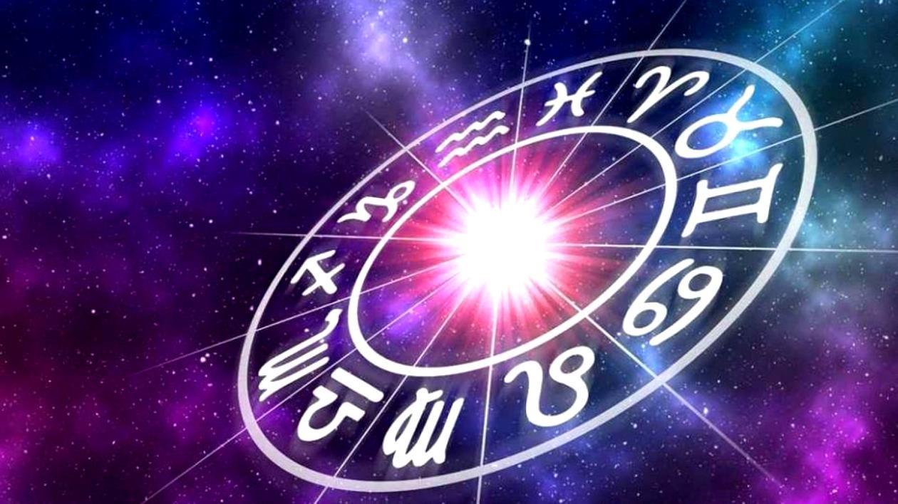Horoscop 3 septembrie 2019. Scorpionii primesc un semn divin