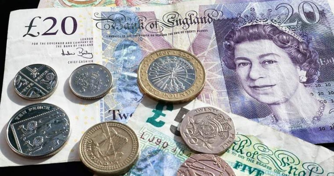 Lira sterlina este astazi in crestere