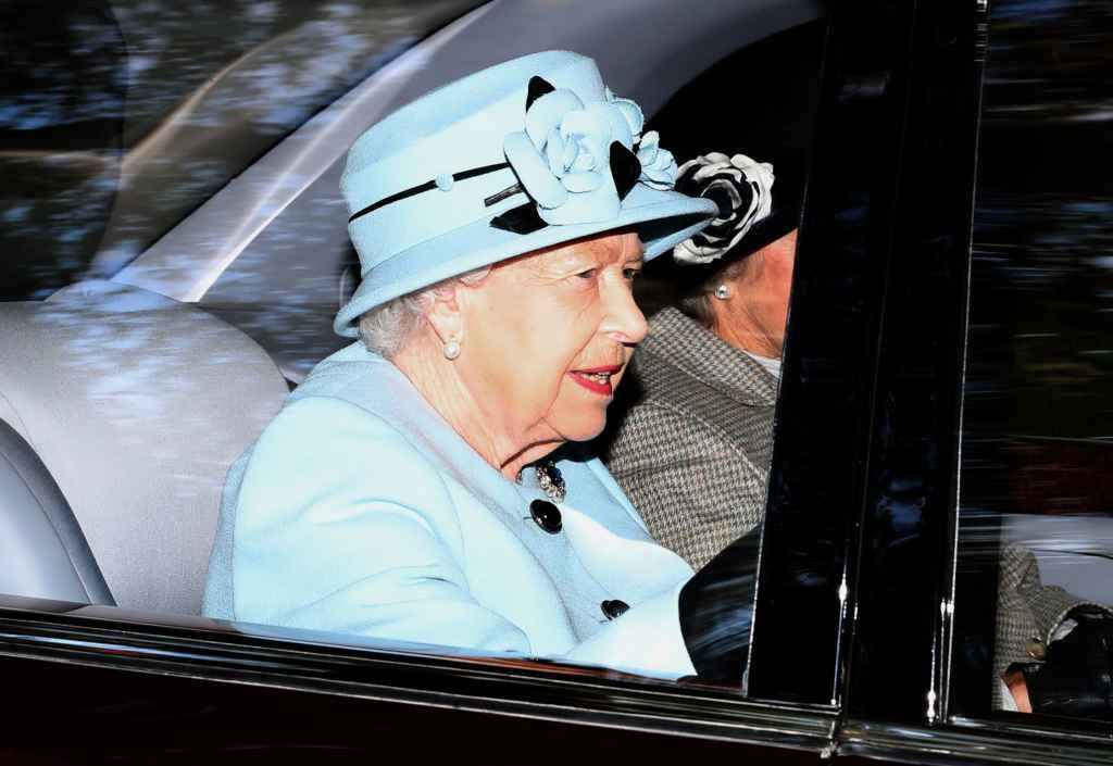 Regina Elisabeta a blocat Brexit