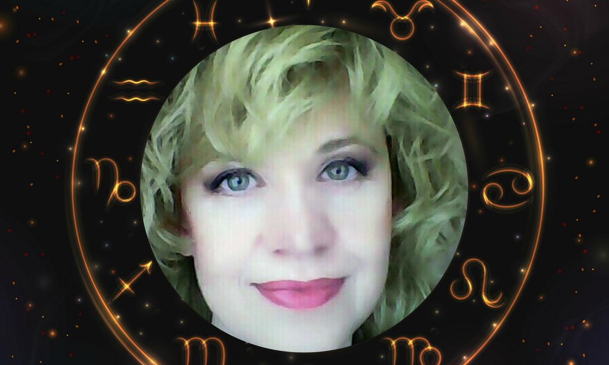 Horoscop Oana Hanganu pentru luna octombrie 2019 - evenimente astrologice majore