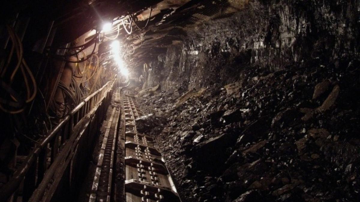 Minerii de la Salina Ocna Deja s-au blocat în subteran, grevă