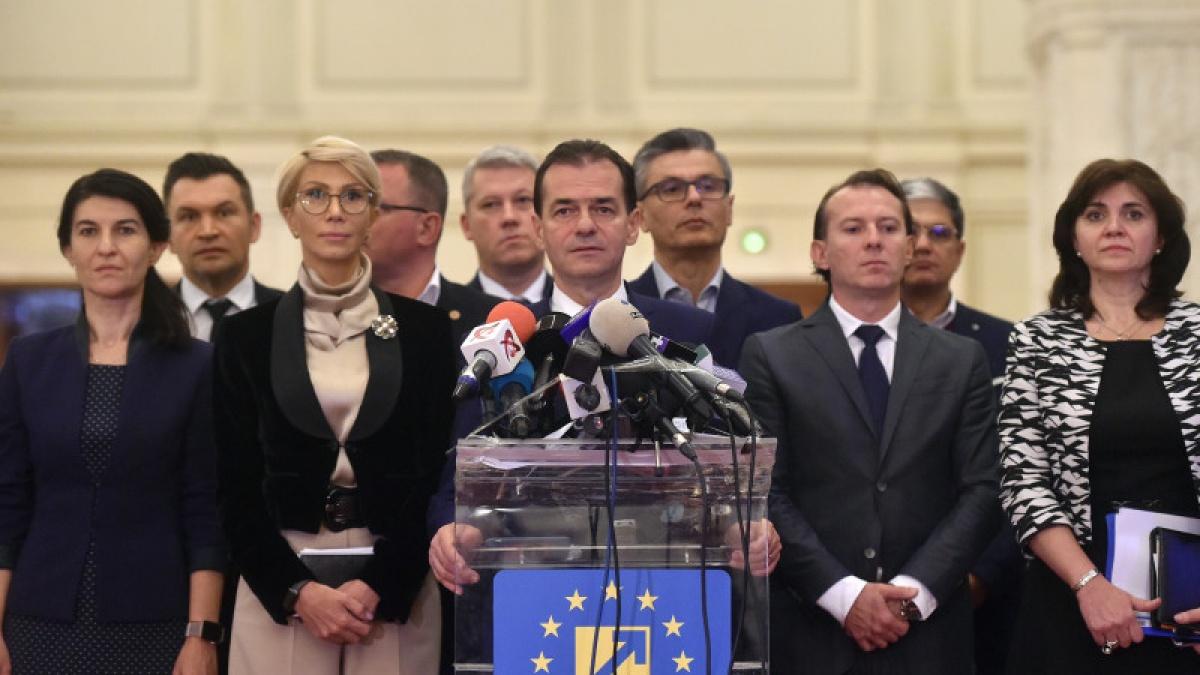 Asumarea răspunderii pe desființarea SIIJ și pentru alegeri în două tururi, în ianuarie 2020