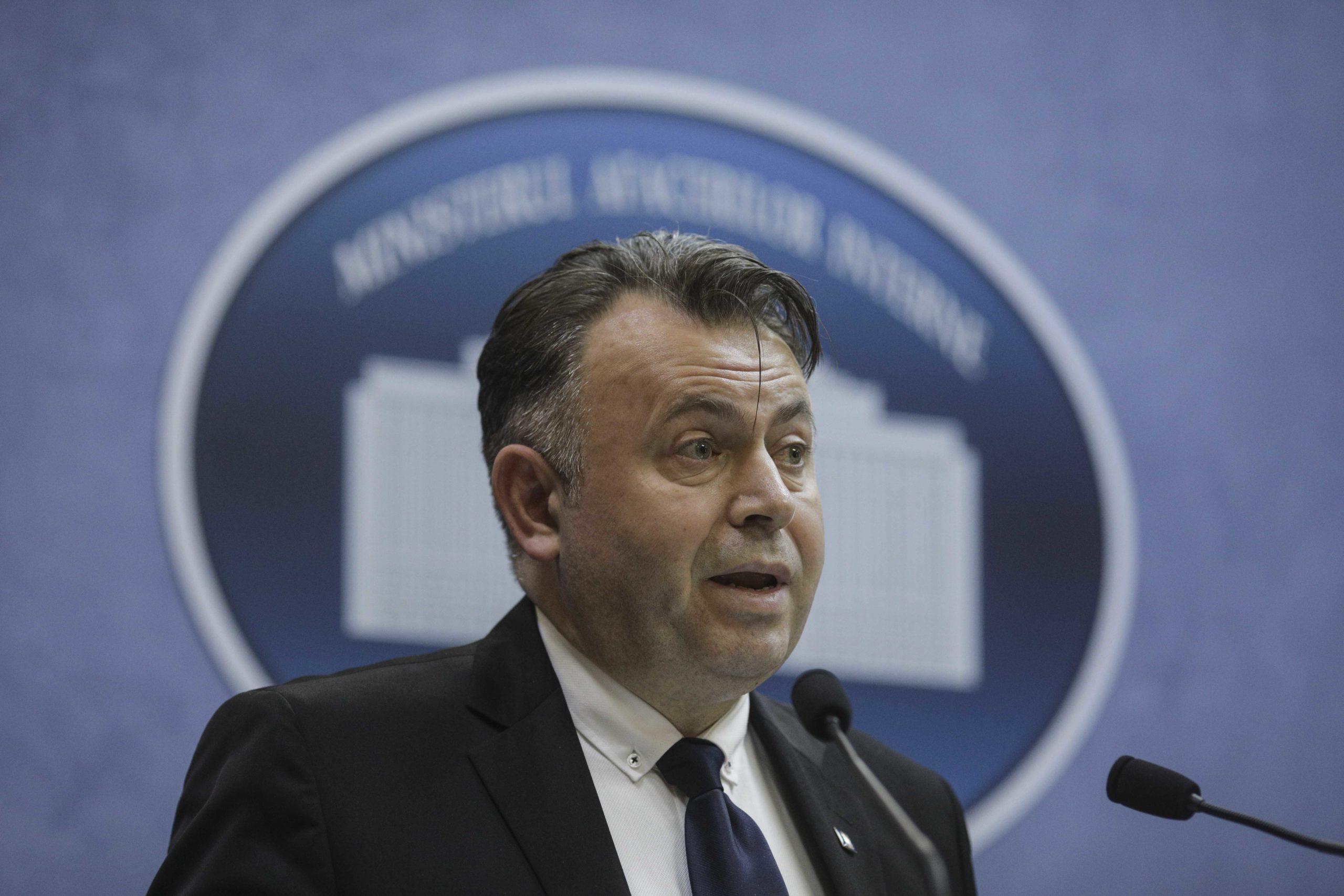 Nelu Tătaru anunță că se dau măști de protecție gratis: cine le va primi