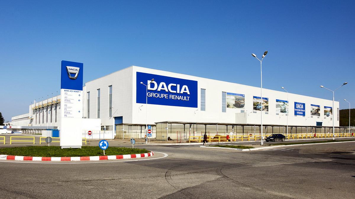 Dacia de la Mioveni se închide de joi. 13.500 de angajați vor fi în șomaj tehnic