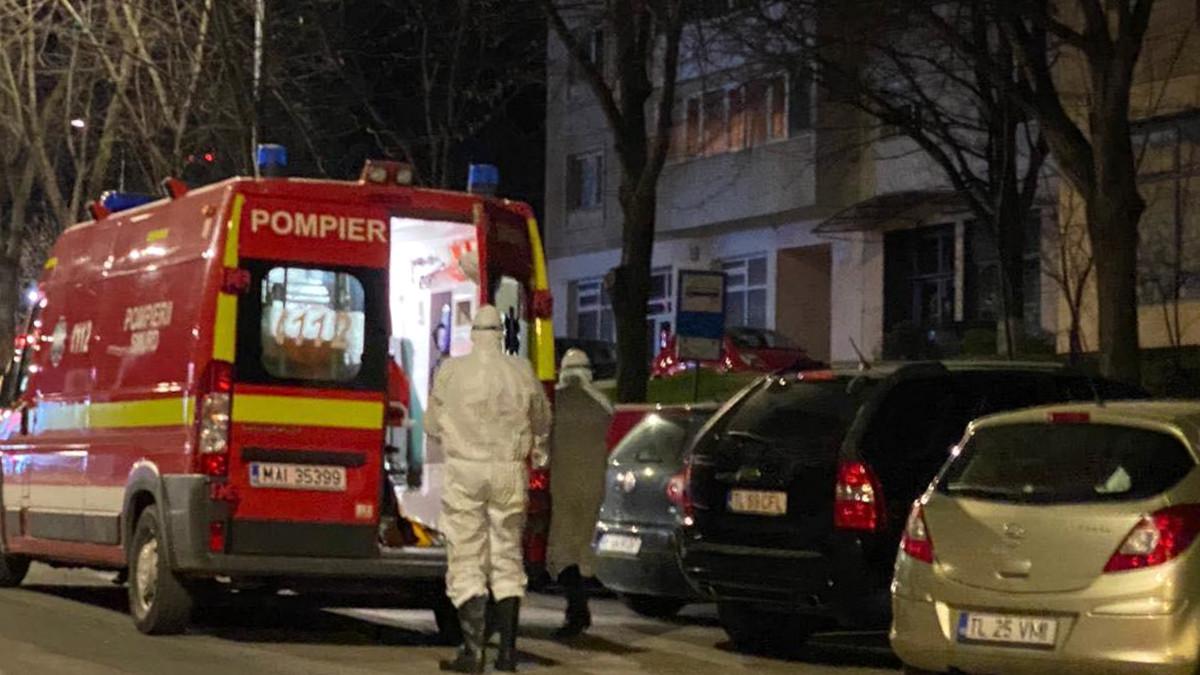 Alte două decese de coronavirus în țară, la Sibiu și Ialomița. Femeia, soția unui lider al romilor