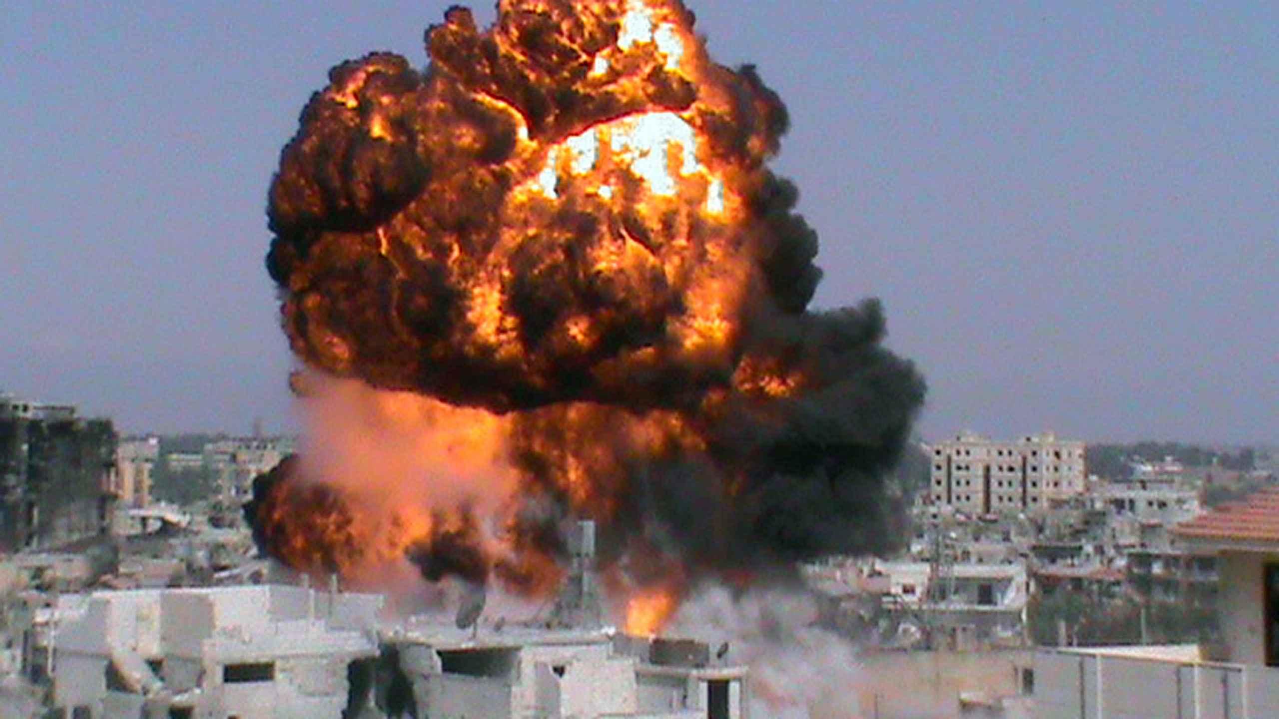 BREAKING Explozii la o bază militară din Siria / Administraţia Bashar al-Assad atribuie atacul Israelului