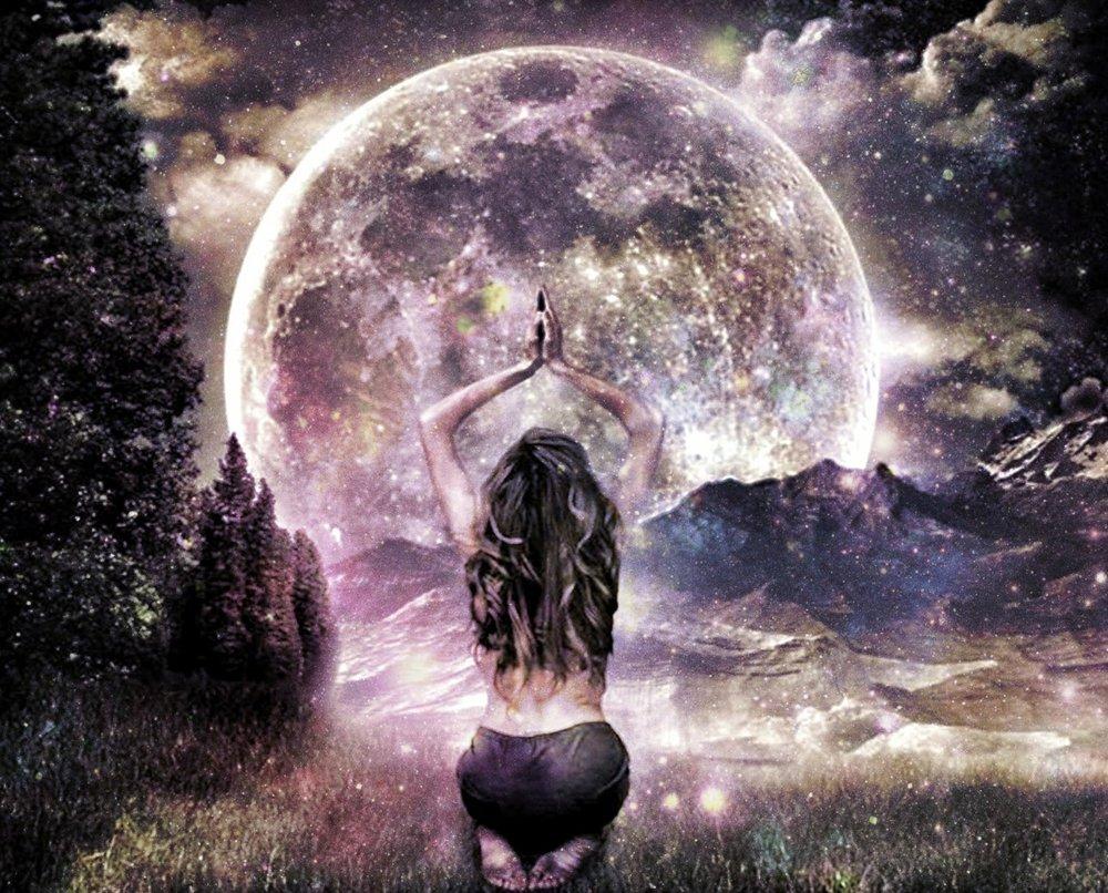 Super Luna plina in Fecioara, LUNI 9 MARTIE 2020. Sa trecem la treburi serioase!