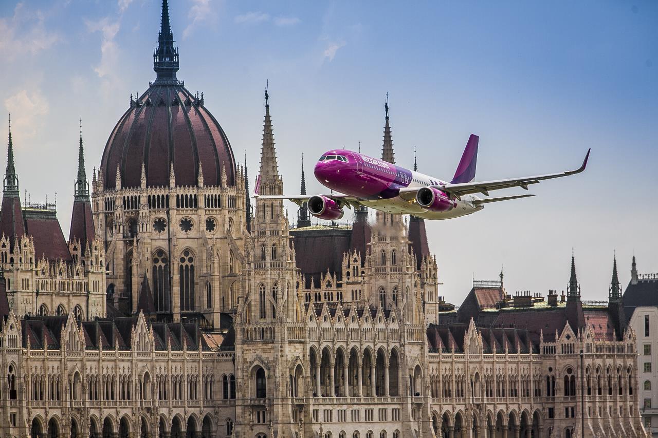 Wizz Air anuleaza toate cursele din România spre nordul Italiei