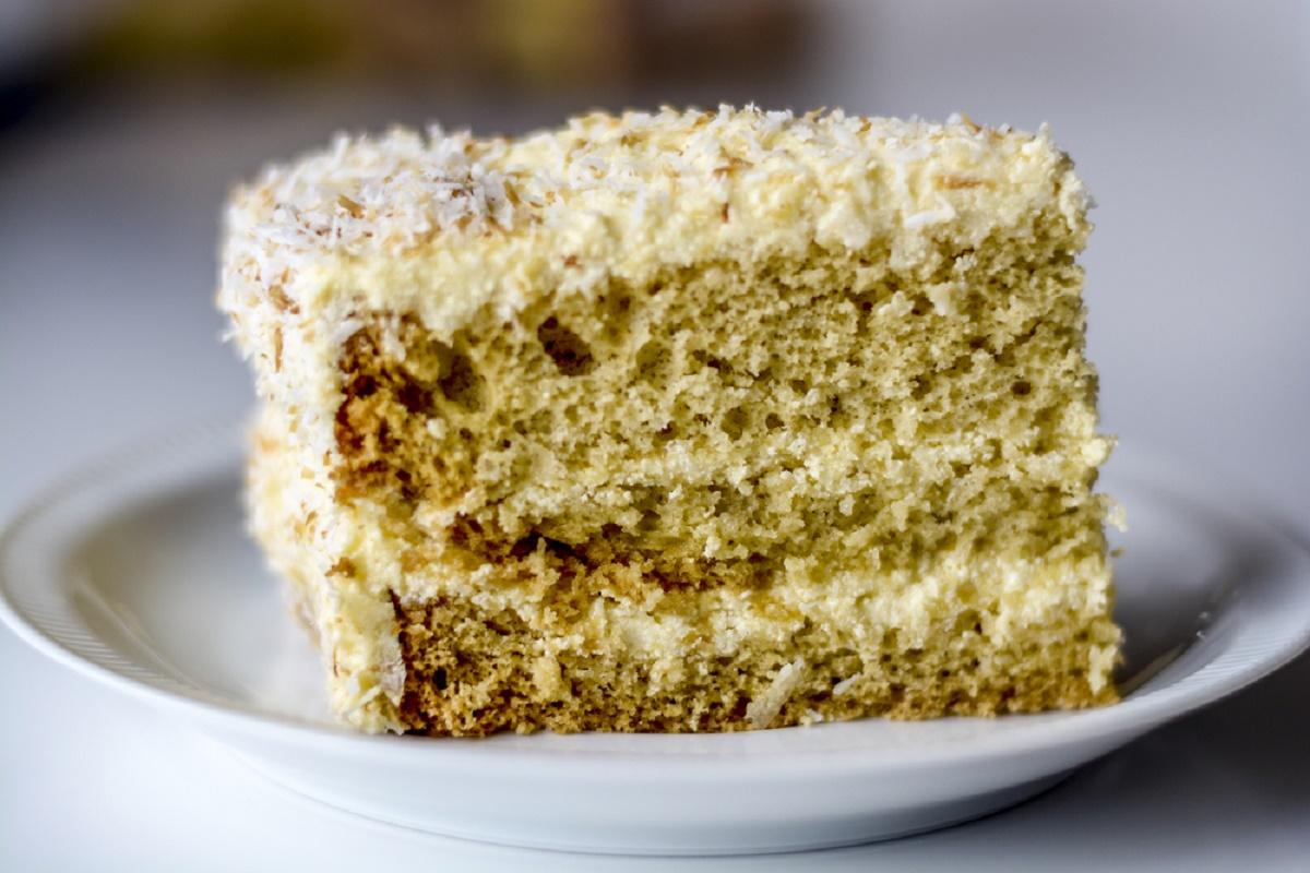 Reteta de Paste: Prajitura cu nuca de cocos