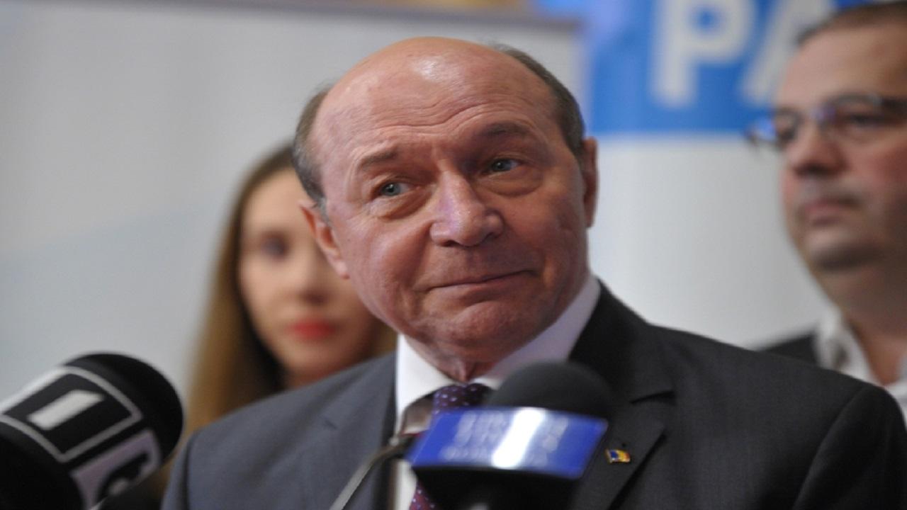 Traian Băsescu aruncă Bomba, după ce Cîțu a anunțat că nu cresc pensiile. Cine ar fi furat banii