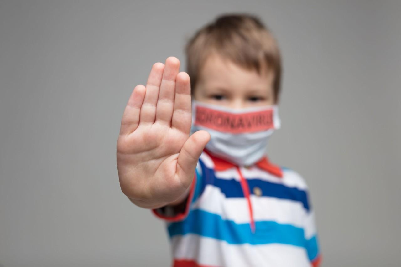 Simptomele copiilor cu COVID-19 pot diferi de cele ale adulților