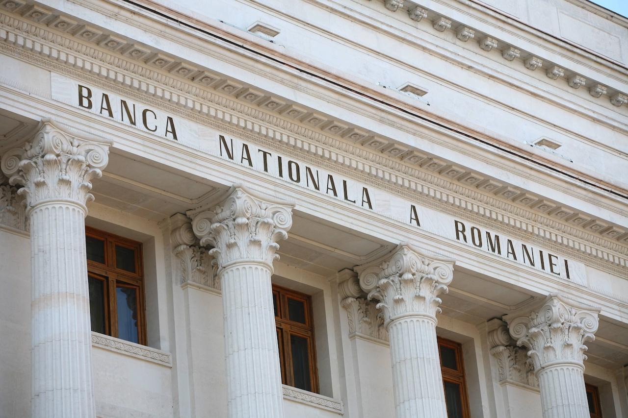 Curs valutar 8 aprilie 2020, Euro crește masiv la BNR, Curs la bănci