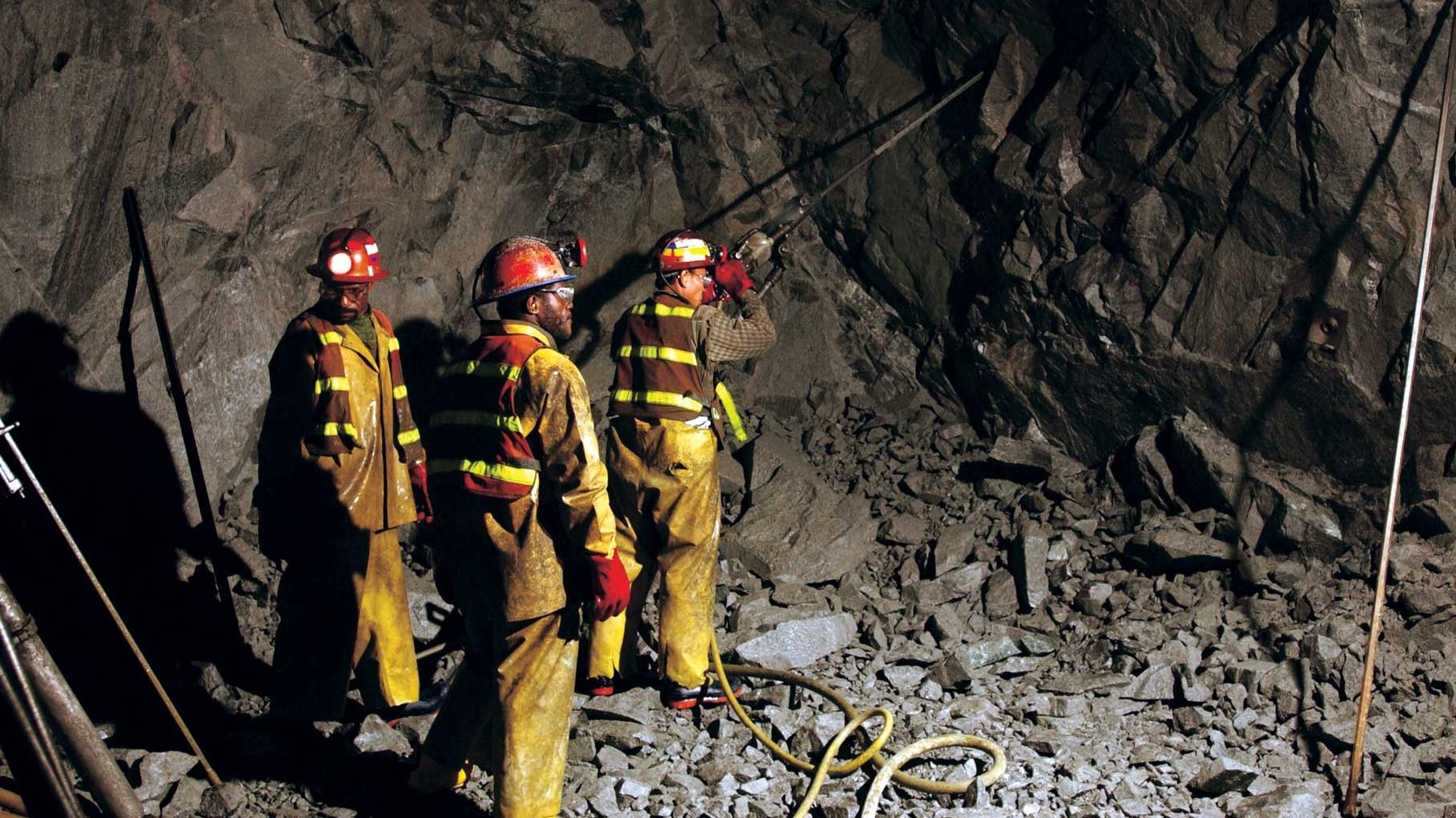 Columbia: 11 morţi în explozia unei mine de cărbune