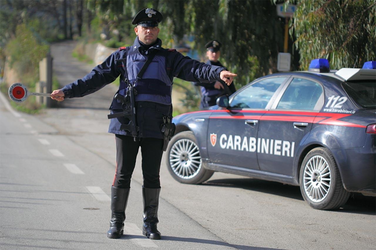Cozi interminabile de mașini la Roma. Italienii nu au încălcat carantina!