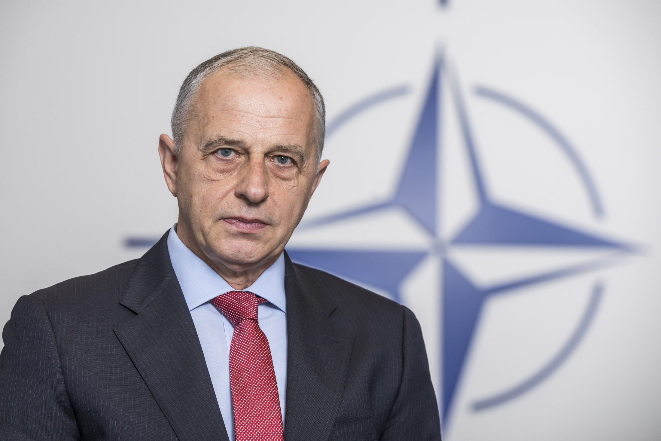 """Mircea Geoană: """"Această criză, în loc să ne întărească, ne poate slăbi."""""""
