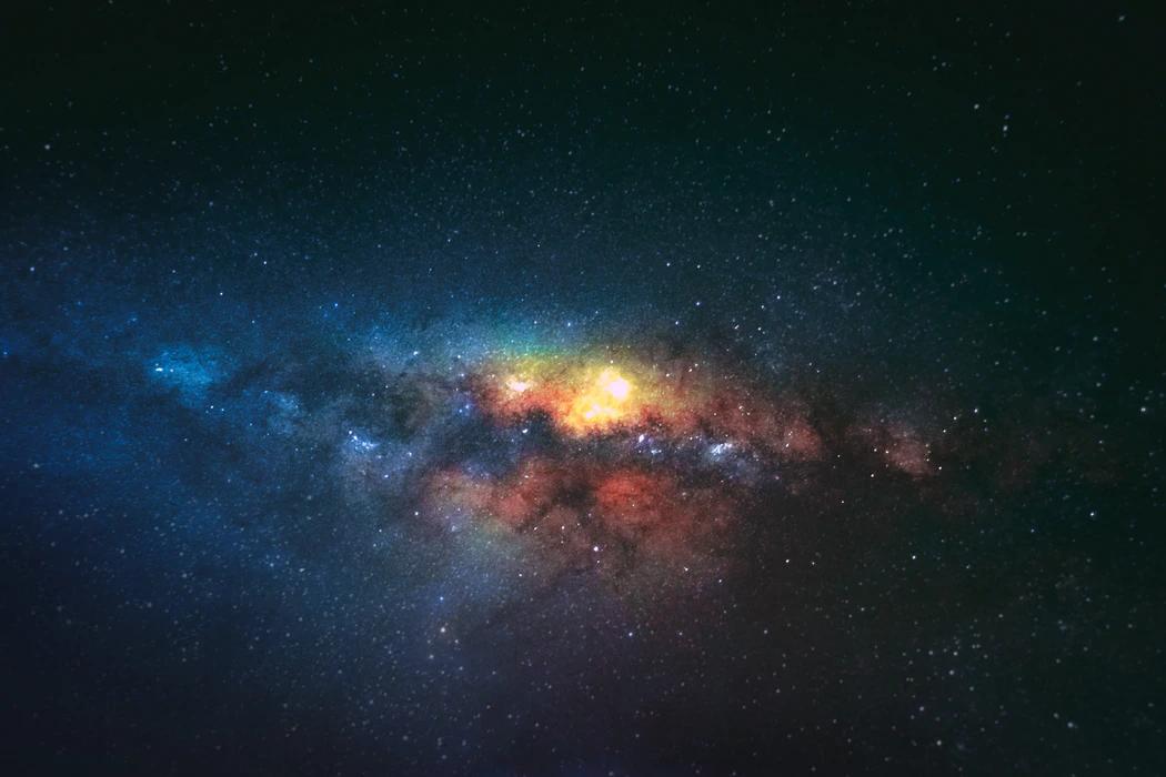 Curiozitatea omului de a explora secretele universului