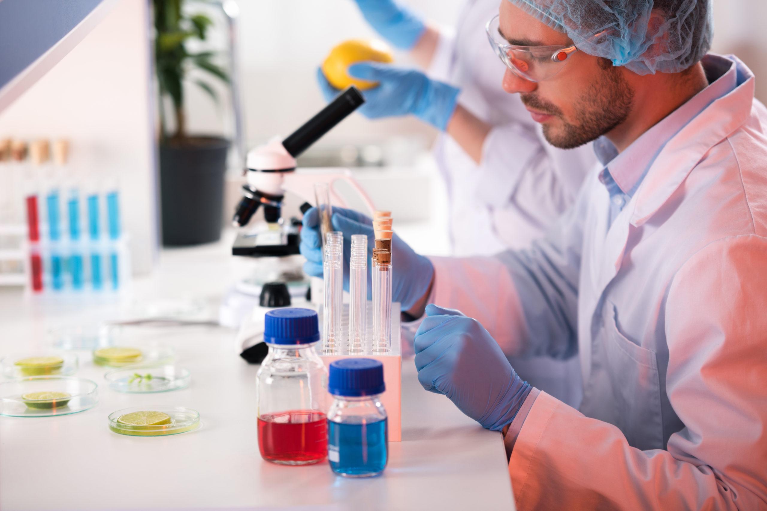 România va folosi transferul de plasmă în tratarea pacienților cu Covid-19
