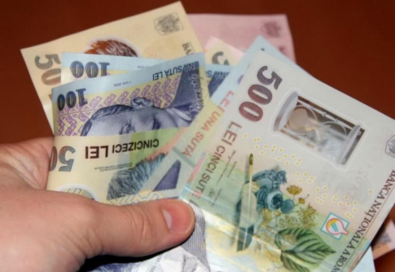Salariul minim pe economie crește cu 1000 de lei. Când intră în vigoare