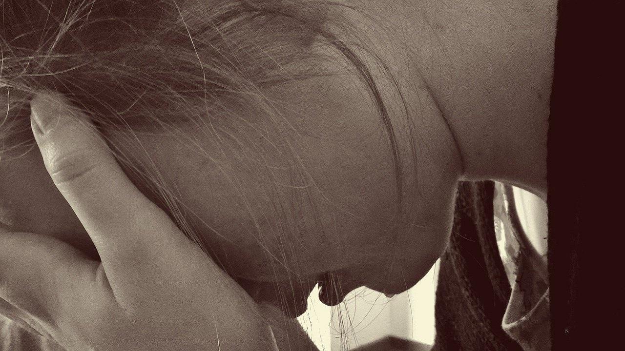Adolescentă din Gorj a fugit cu bebelușul său din centrul de plasament