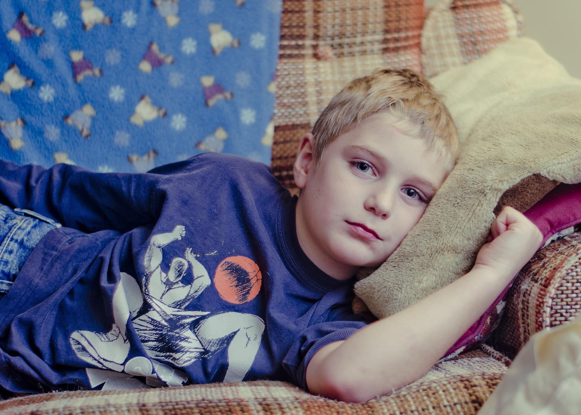 Copiii cu dizabilități bolnavi de coronavirus sunt o povară pentru medicii de la Spitalul Târgu Cărbunești