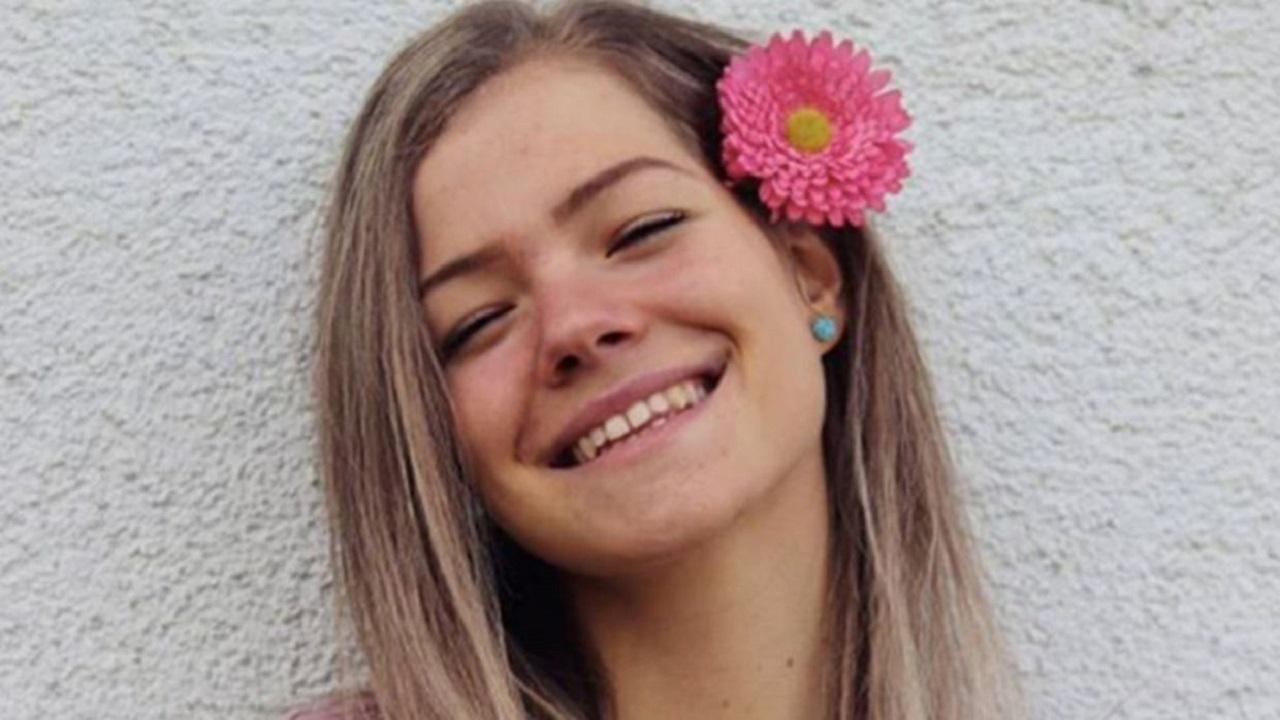 """""""Copilul minune"""" al Austriei moare misterior la 18 ani, bilet de adio apăsător: """"Nu mai suport!"""""""