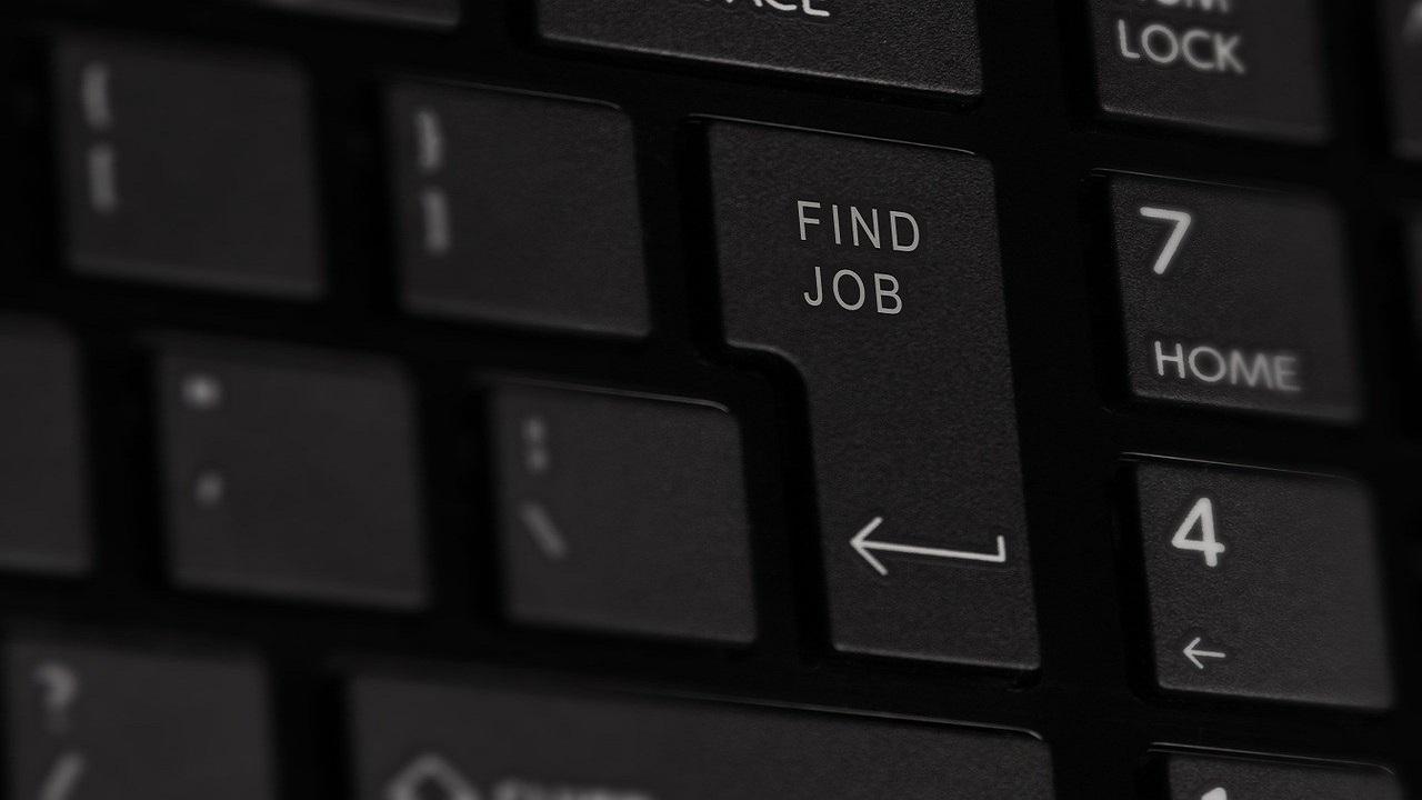 https://huff.ro/economie/angajatii-care-nu-se-pot-intoarce-la-munca-din-15-mai-vor-primi-somaj-tehnic-in-continuare-209210
