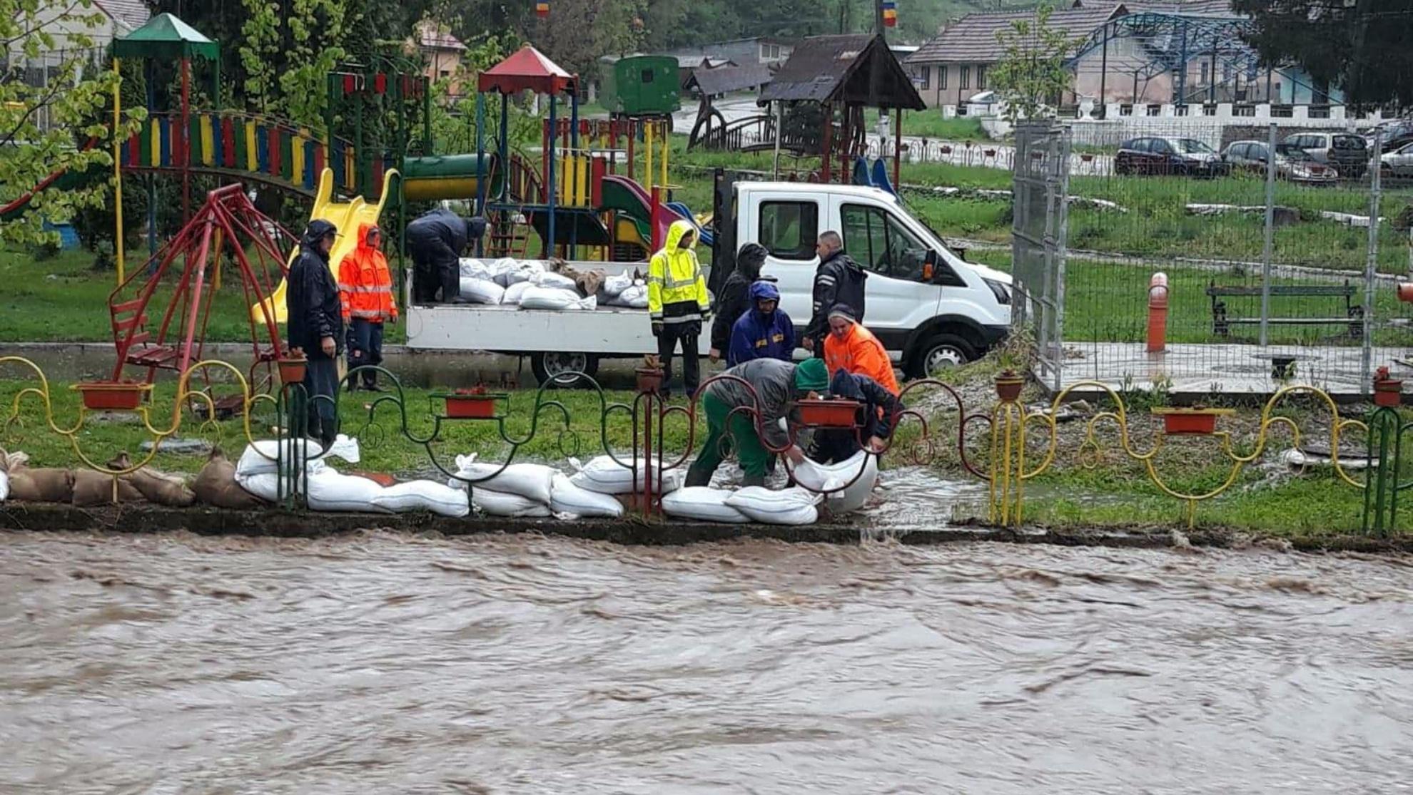 Ce soluții are ministrul Marcel Vela pentru oamenii afectați de inundații