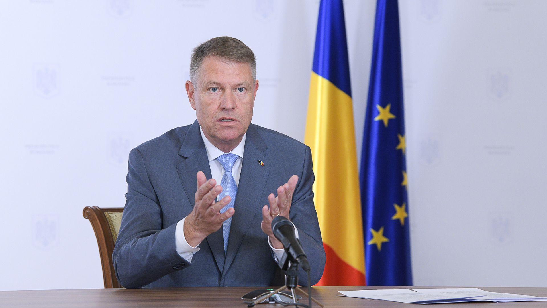 """Klaus Iohannis, semnal de alarmă pentru români: """"Feriți-vă de virus! Revenirea la starea de urgență este ultima soluție!"""""""