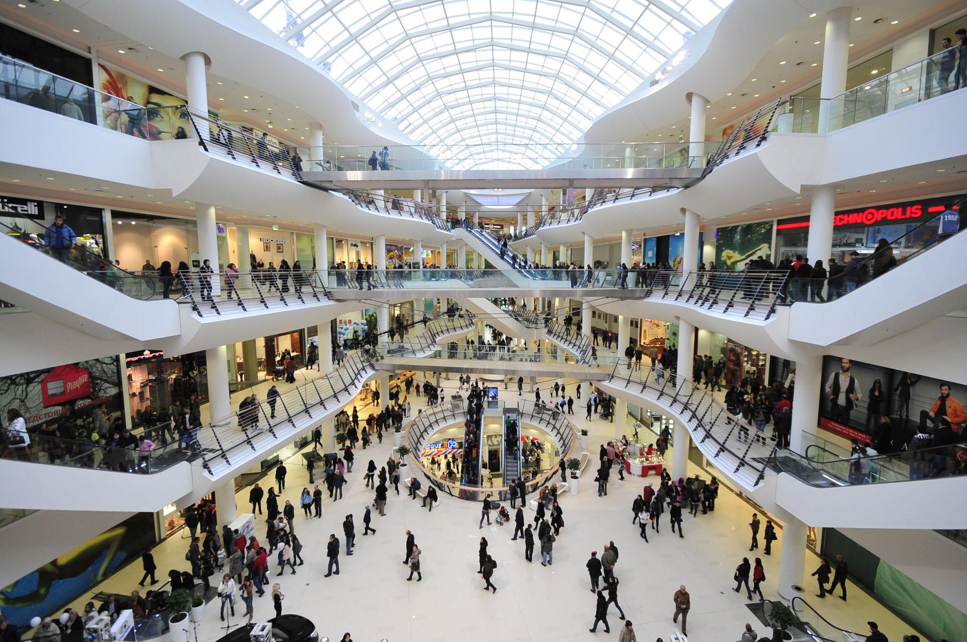Se deschid mall-urile și casele de pariuri de la 15 iunie. Ce alte măsuri au fost stabilite