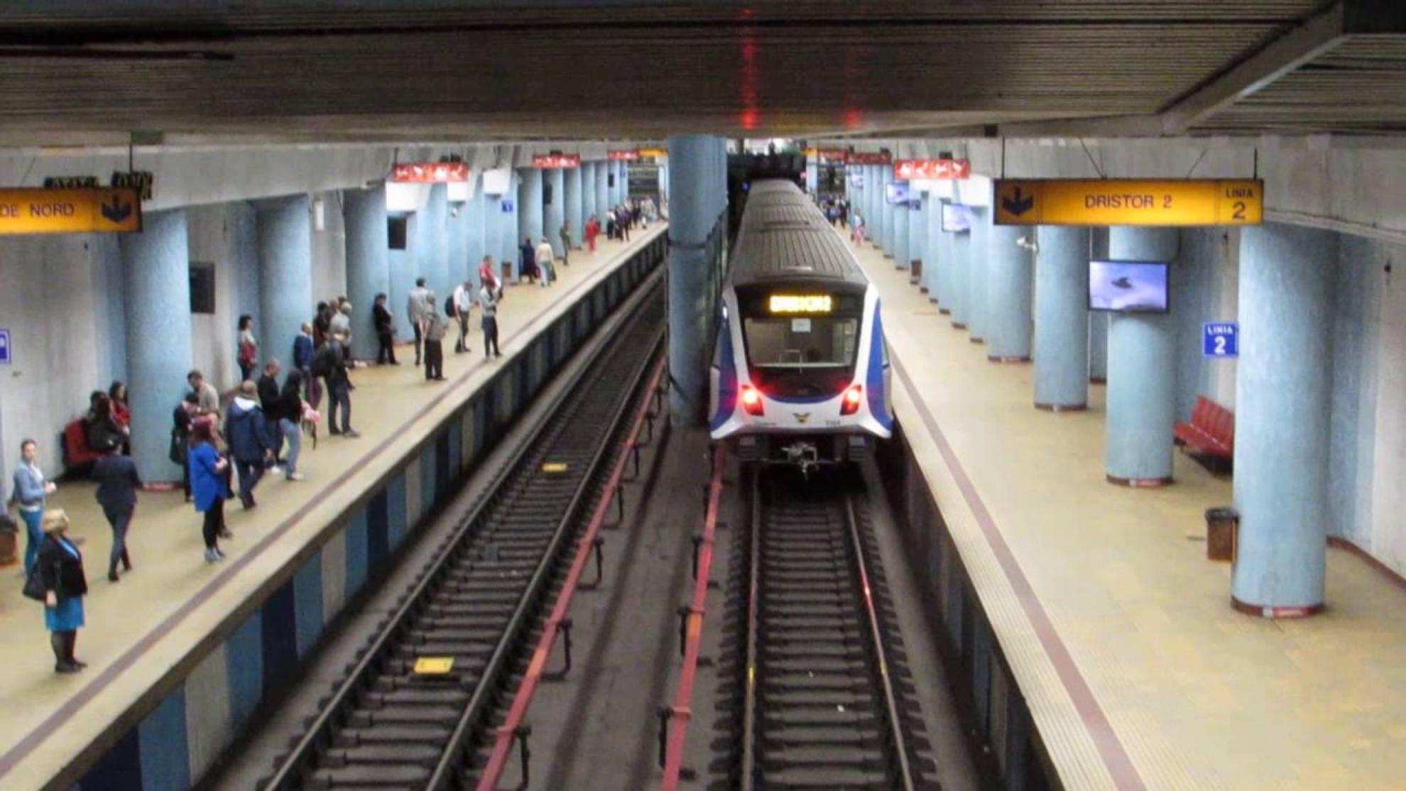 Alarmă cu bombă la metrou! Intrarea a fost închisă