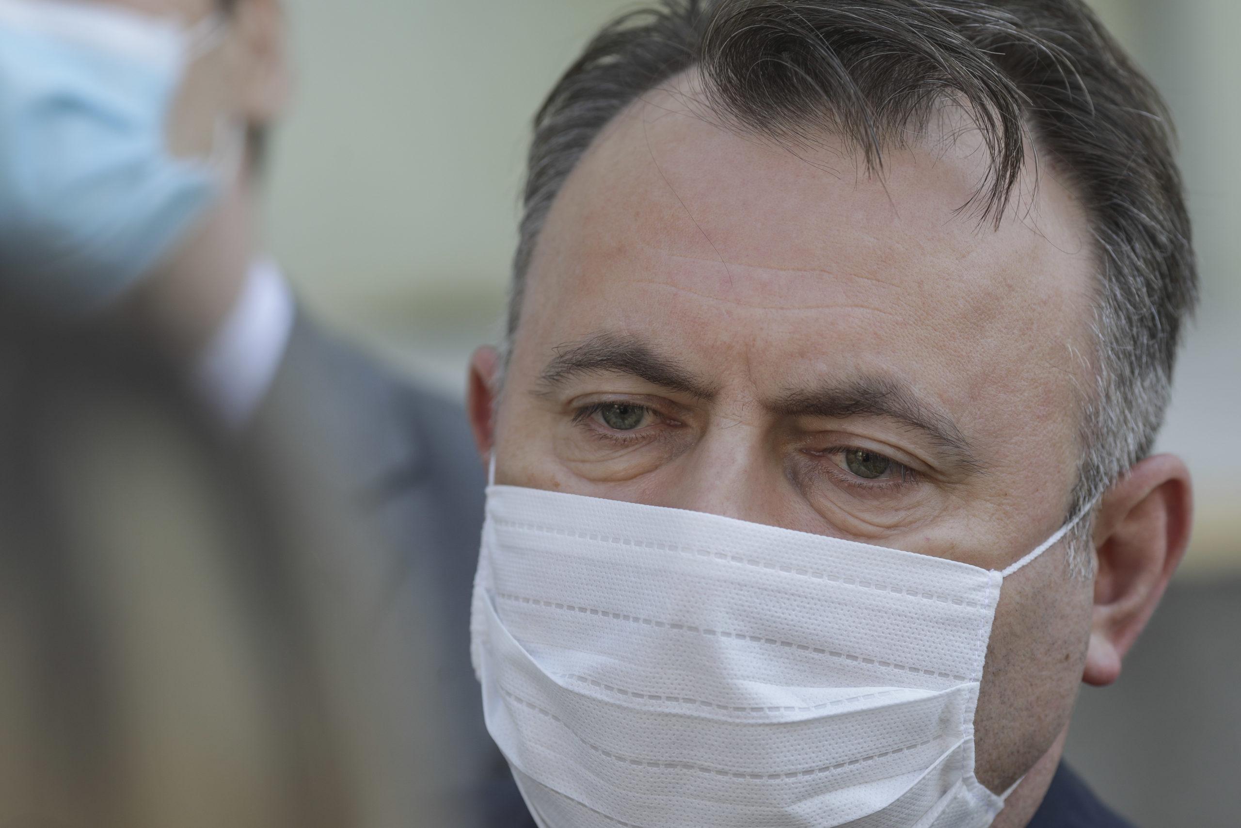 Nelu Tătaru s-a dat de gol.Nu sunt 994 de noi infectați azi, mulți dintre ei fiind deja internați