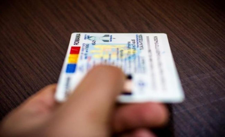 Legea buletinului electronic cu cip a trecut în Parlament