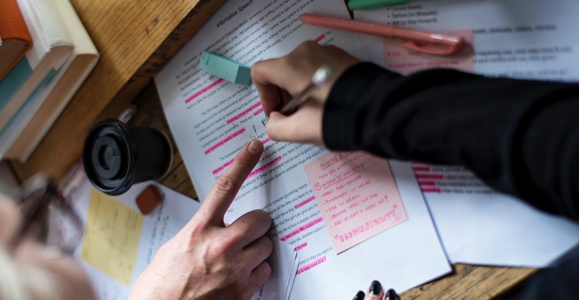 Examen Titularizare 2020. Înscrierile se pot face electronic