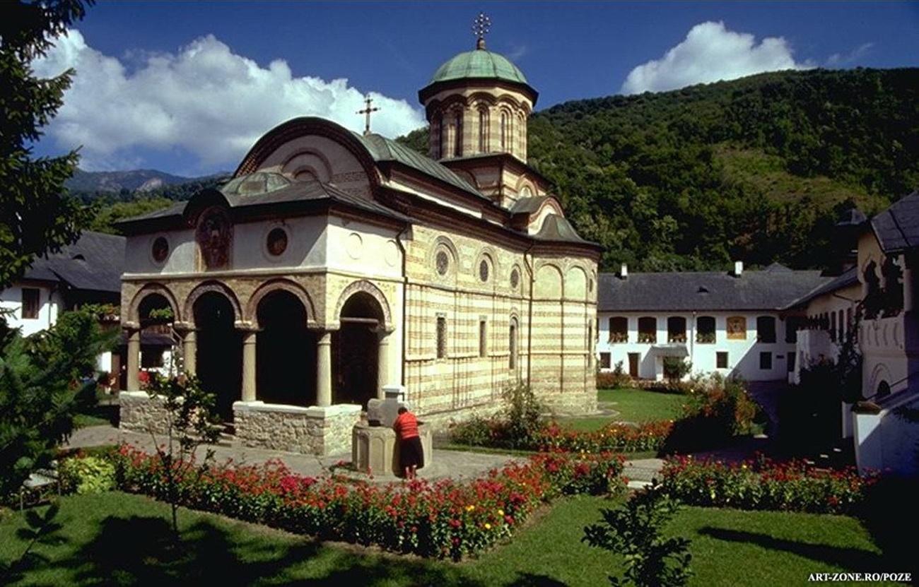 Mănăstirea Cozia - închisă după ce un călugăr a fost depistat cu COVID-19