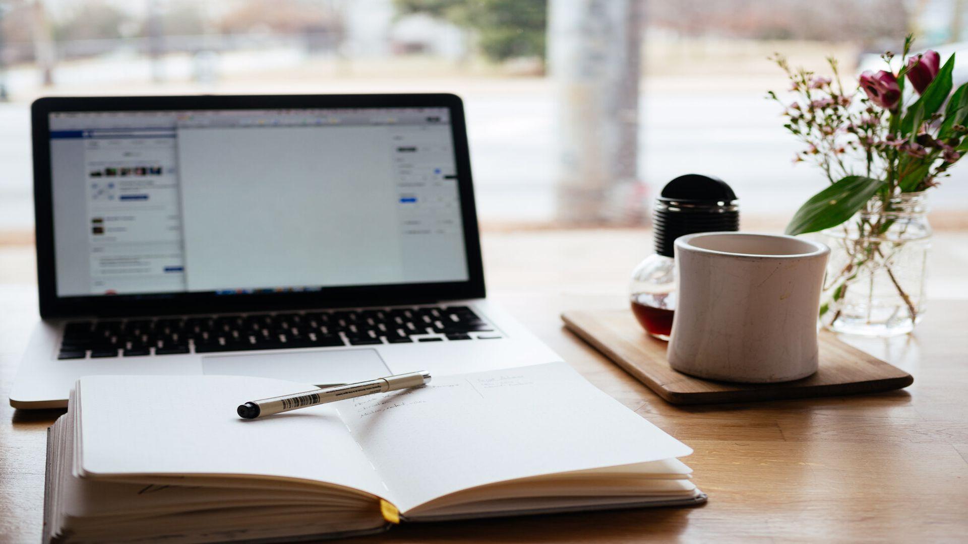 Studenții vor participa la cursuri și seminarii online și din toamnă. Revenirea la facultate, amânată
