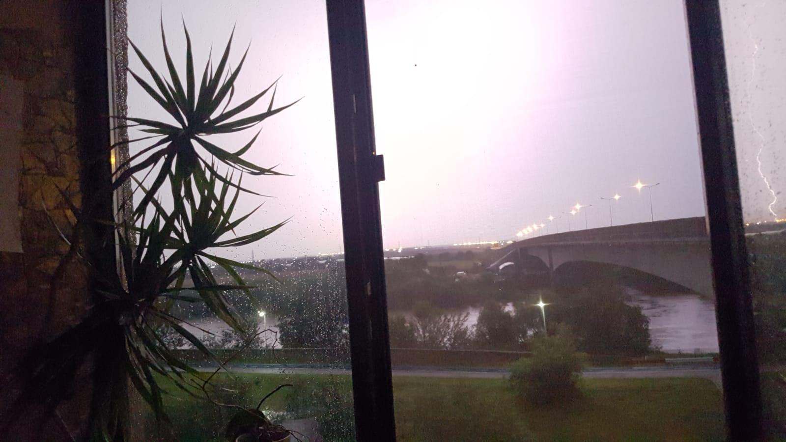 România, lovită de un ciclon atlantic! Meteorologii au anunțat cum va fi vremea. Prognoza ANM