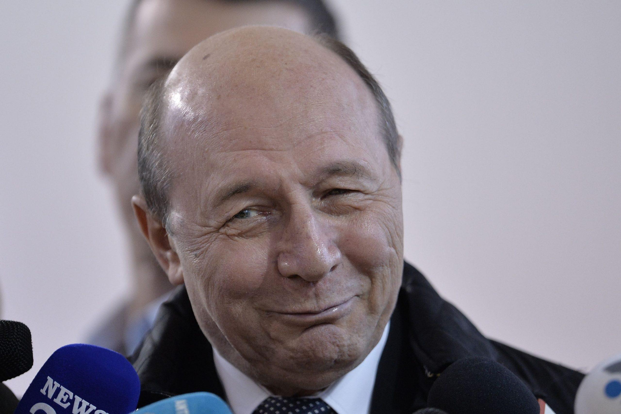 Traian Băsescu și-a anunțat candidatura la alegerile locale