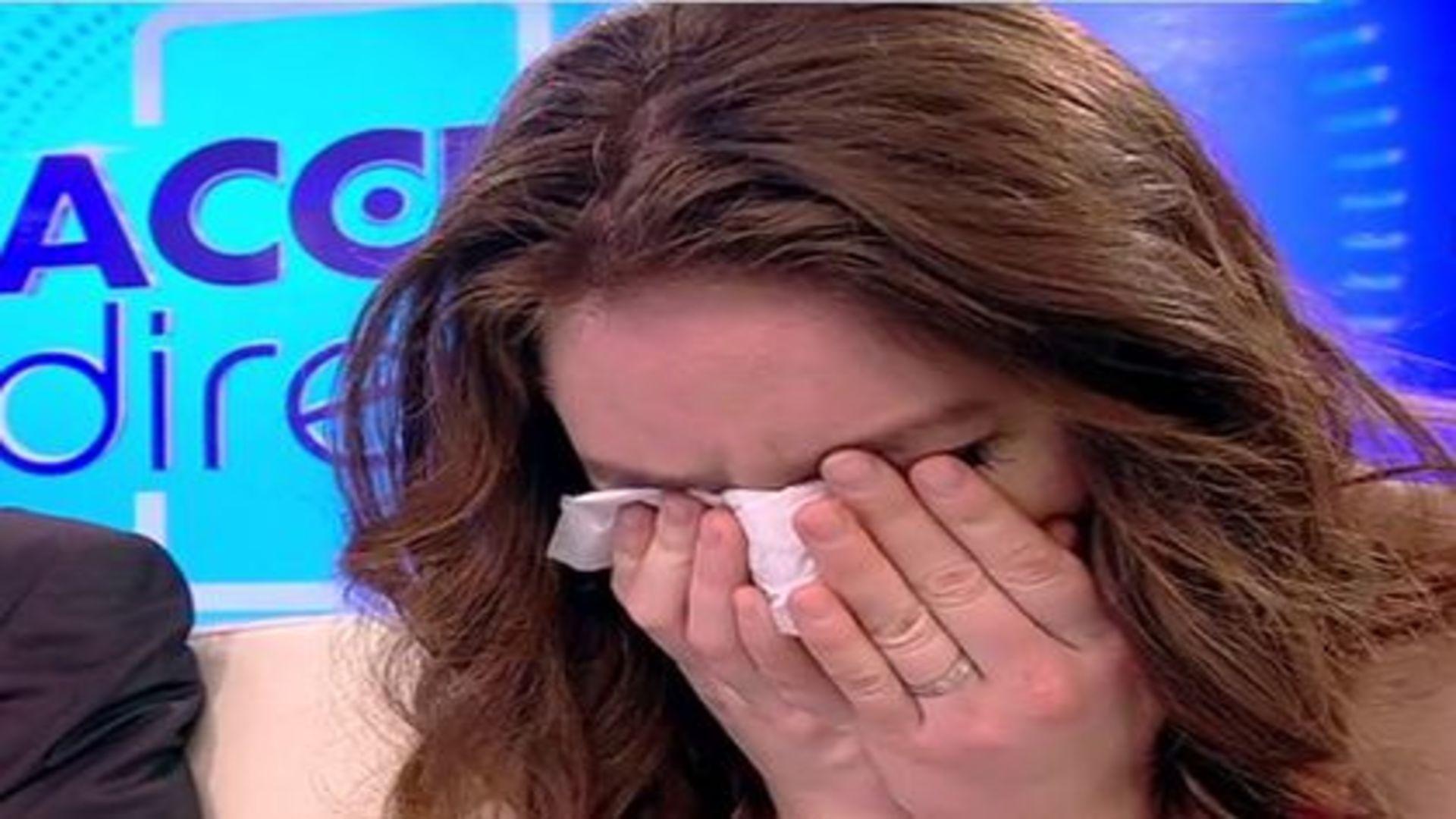 Vulpița a izbucnit în lacrimi din cauza lui Viorel. O admiratoare a venit să-i cunoască soțul