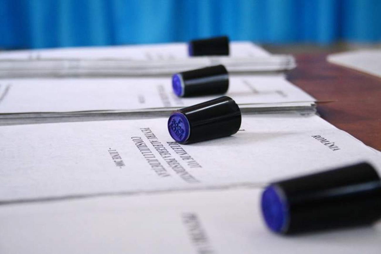 Ultima zi pentru depunerea candidaturilor la alegerile locale
