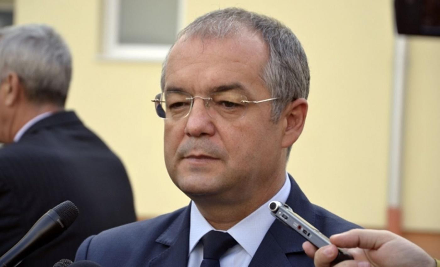 Emil Boc și-a anunțat oficial candidatura la Primăria Clujului