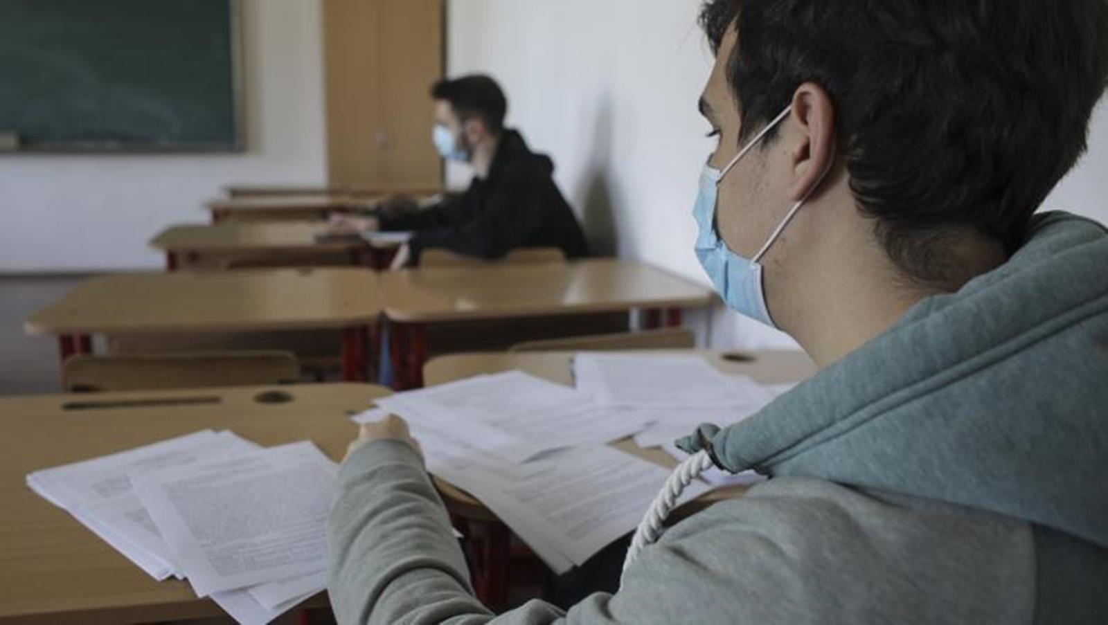Începe sesiunea de toamnă a examenului de Bacalaureat! S-au înscris peste 42.000 de elevi
