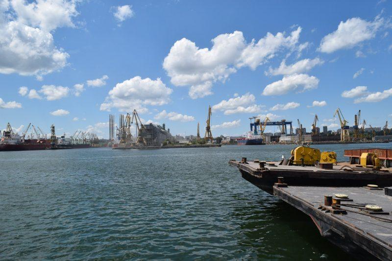 Pericolul din Portul Constanţa: este depozitată o cantitate de azotat de amoniu de zece ori mai mare decât în Beirut