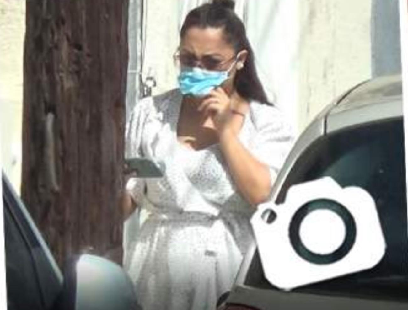 Andra, surprinsă pe stradă după ce s-a speculat că așteaptă un copil! Este sau nu gravidă?