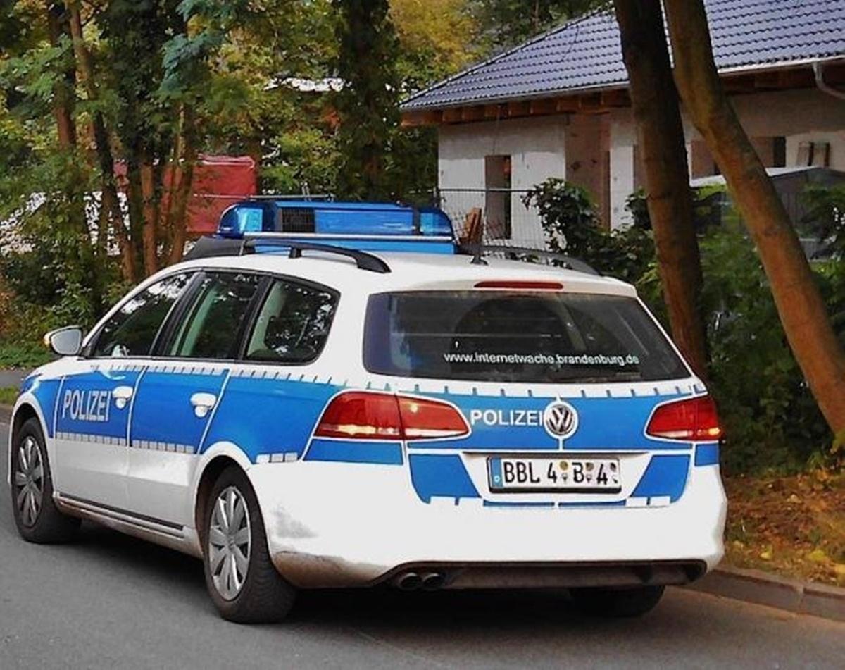 Crimă multiplă în Germania! Un băiețel și-a anunțat colegii de școală că toți frații lui sunt morți