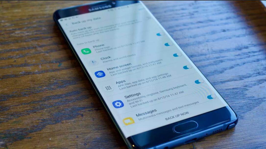 Ai telefon Samsung? Rămâi fară poze, datele vor fi șterse