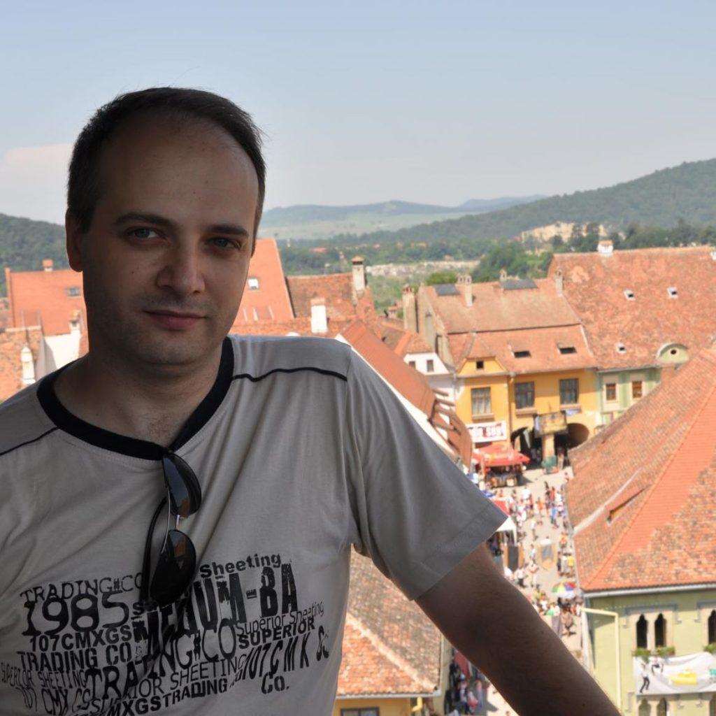 Doctor Catalin Denciu medicul care a salvat pacientii ATI de la Piatra Neamt