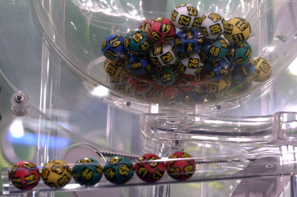 Rezultate loto 21 ianuarie. Numele câștigătoare de azi la Loto 6/49, Noroc, Joker, Noroc Plus, Loto 5/40 și Super Noroc