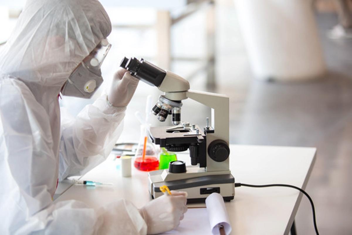 Alte trei cazuri de infectare cu noua tulpină. În total sunt 8 cazuri în România